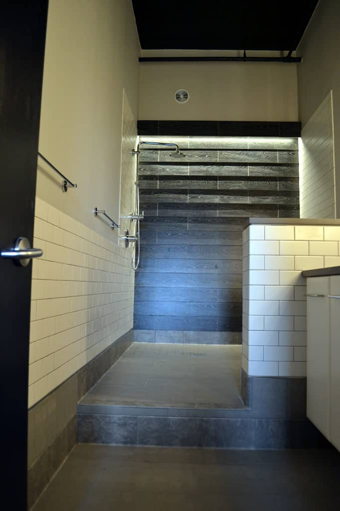 Trendy And Comfy Bathrooms Barts Remodeling Chicago Il