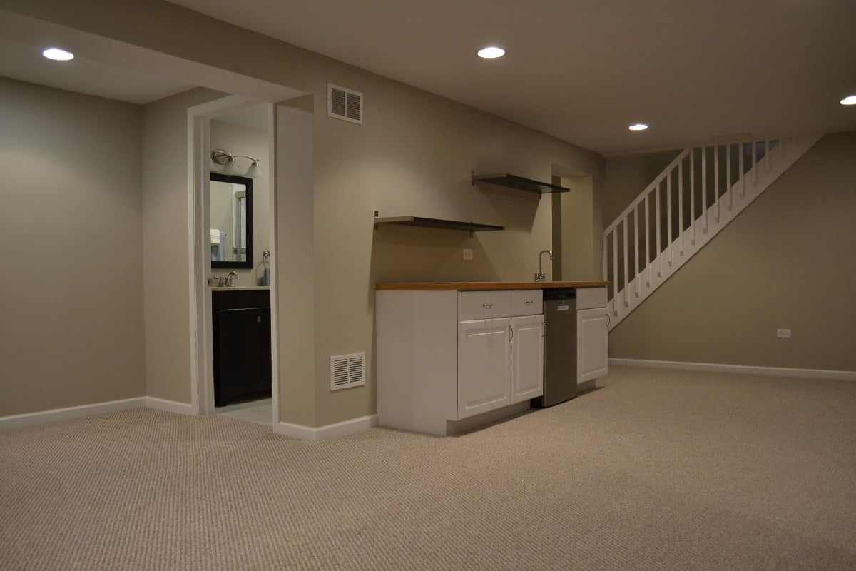 Carpet Instalation Arlington Heights & Basement Construction in Mount Prospect IL - Barts Remodeling ...
